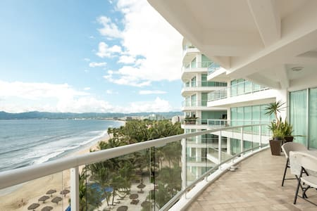 Luxury Flat with stunning view & private beach