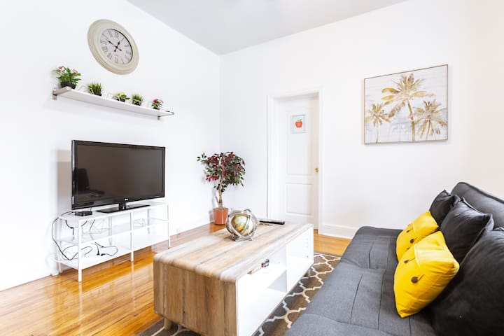 Beautiful 3-Bedroom Home| Centretown| Wifi