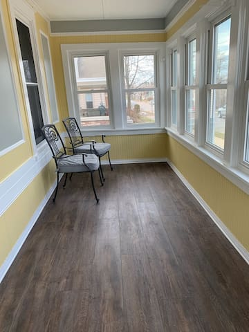 Downtown Spacious & inviting home in Marquette