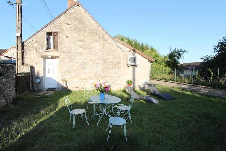 Suizy-le-Franc的民宿