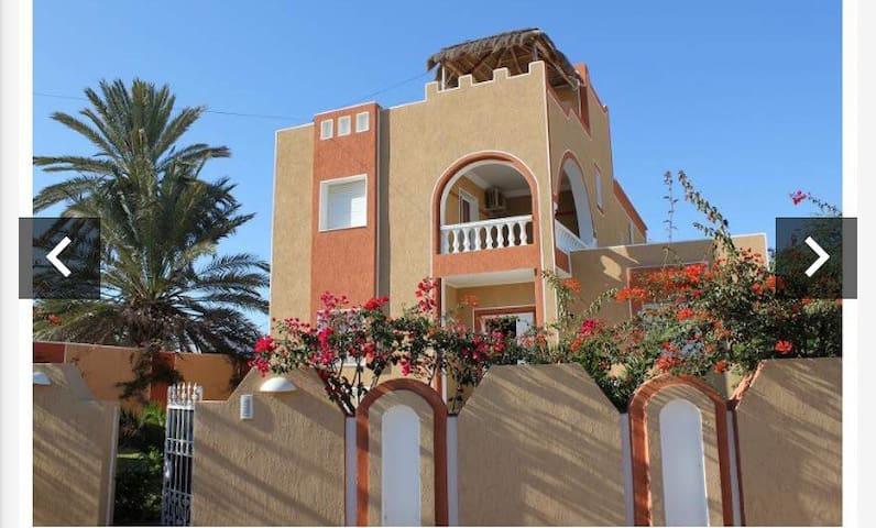 Djerba 的民宿