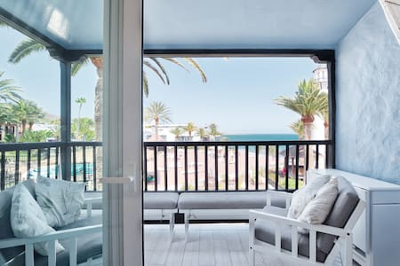 Extra luxury beachfront apartment with  2 bedrooms