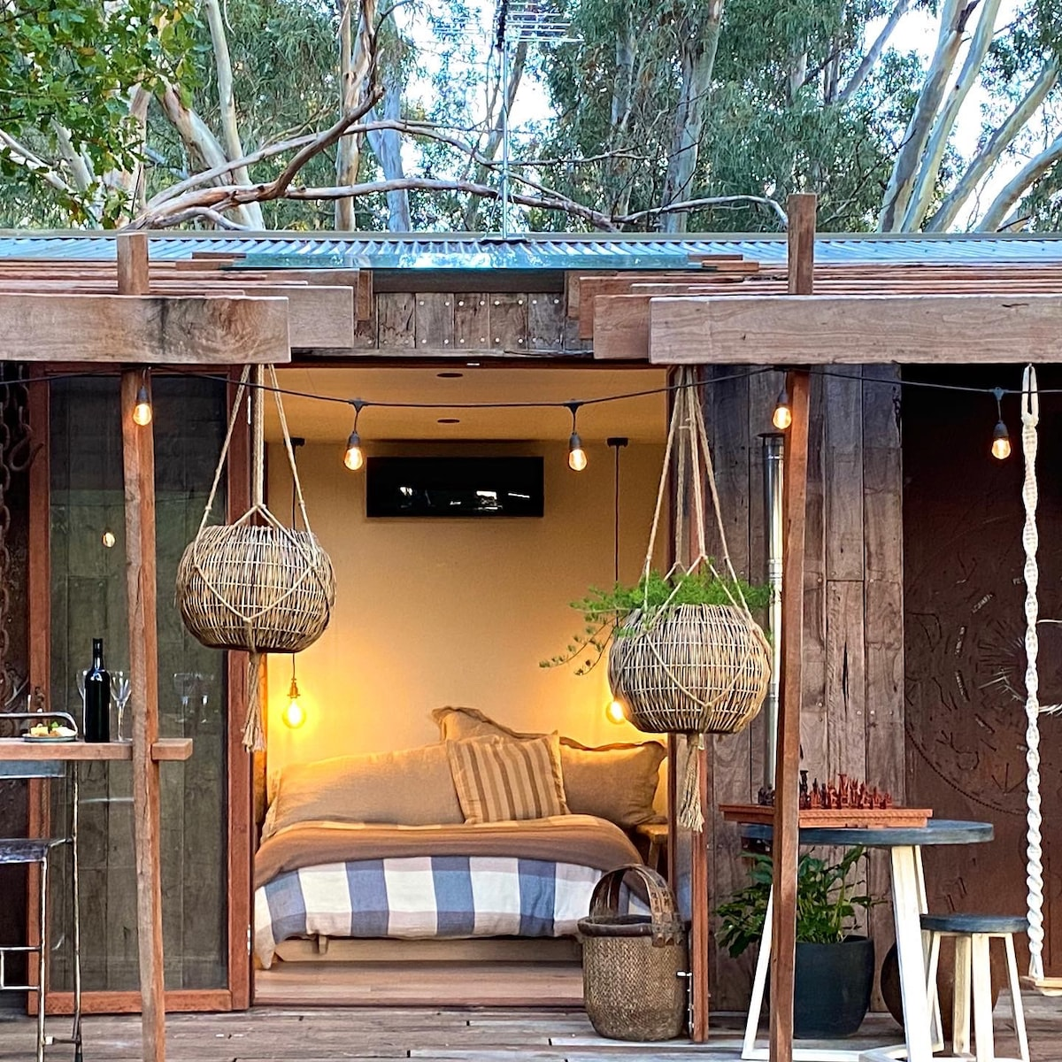 Acorn Nook - Rustic Eco Pod in the Kuitpo forest