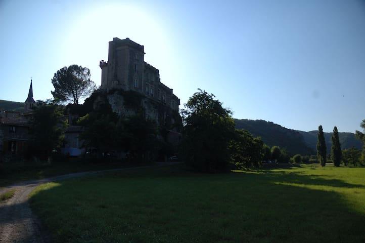 Chateaubourg的民宿