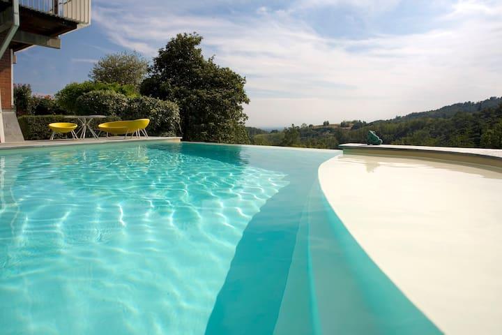 Villa Danda - Wide garden, sun and swimning  pool