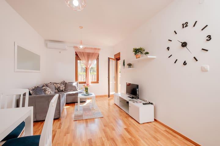 Apartmani  Jovovic 1