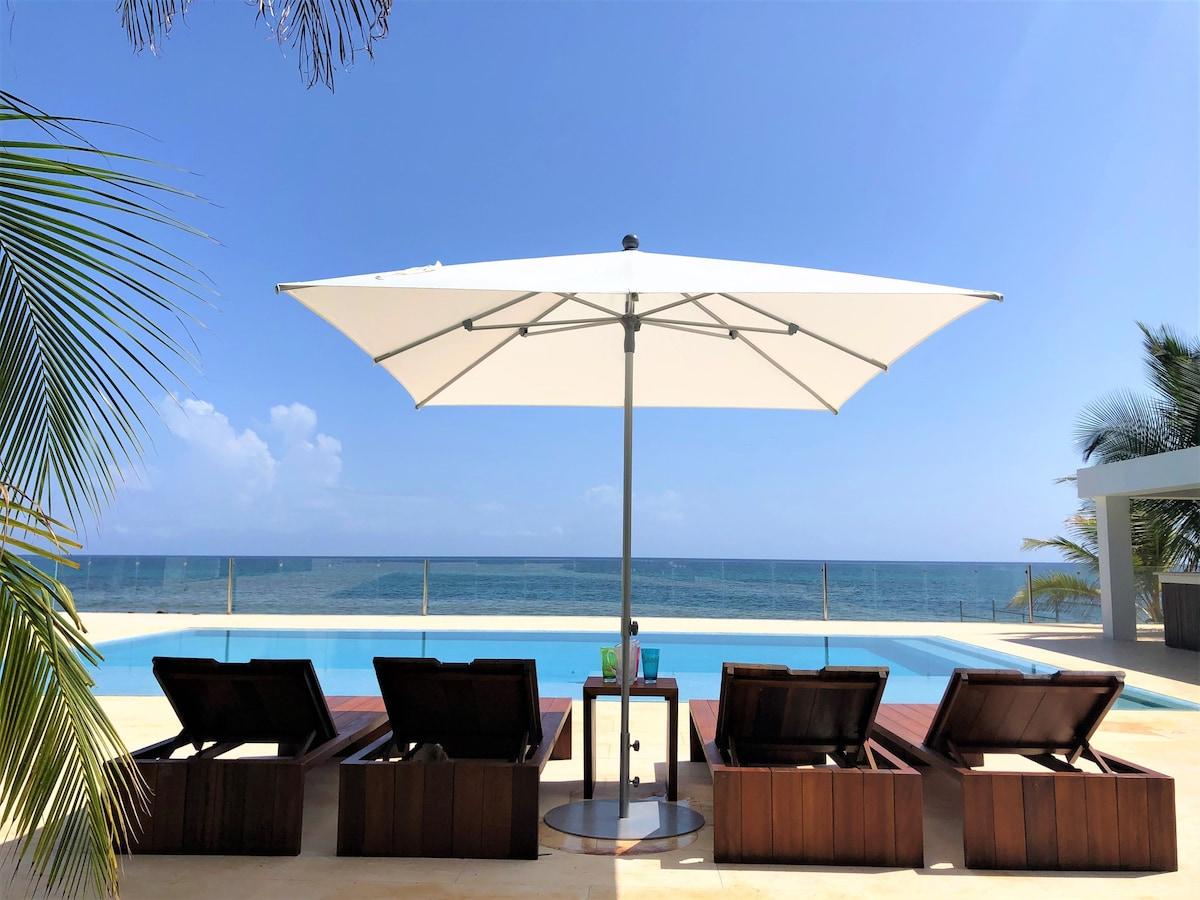 Se-Villa. Private villa with private beach.
