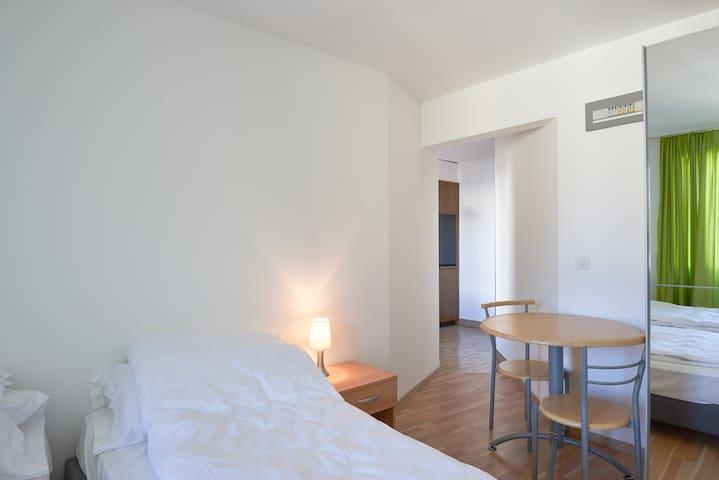 2.1 Jefte - Hine Adon Aparthotel