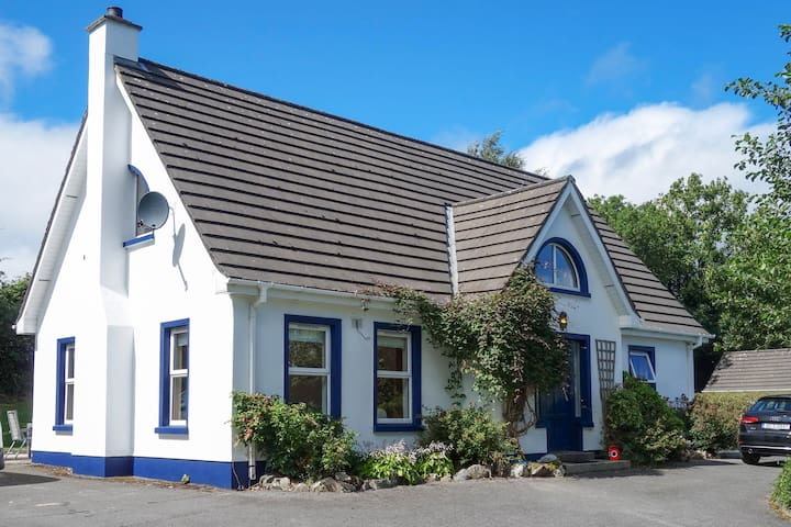 Aghavannan Cottage close to Rathmullan House