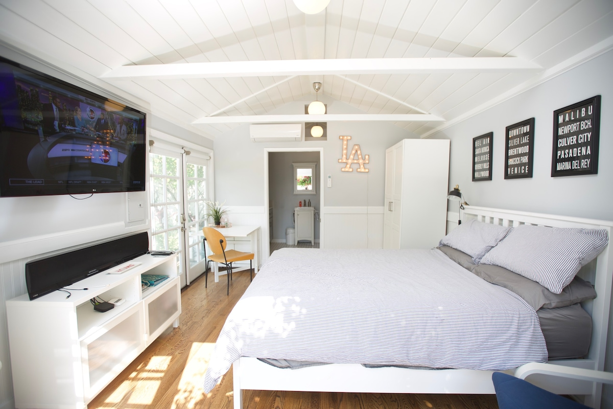 Charming guest house in Larchmont Village