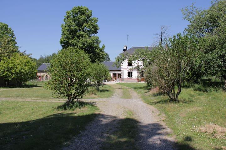 Heudreville-sur-Eure的民宿