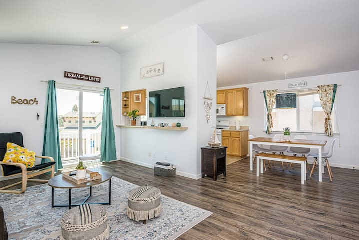 **OCEAN VIBES Home with Dunes View