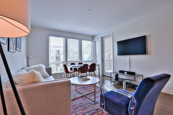 Urban Flat   Open Living Concept   Immaculate