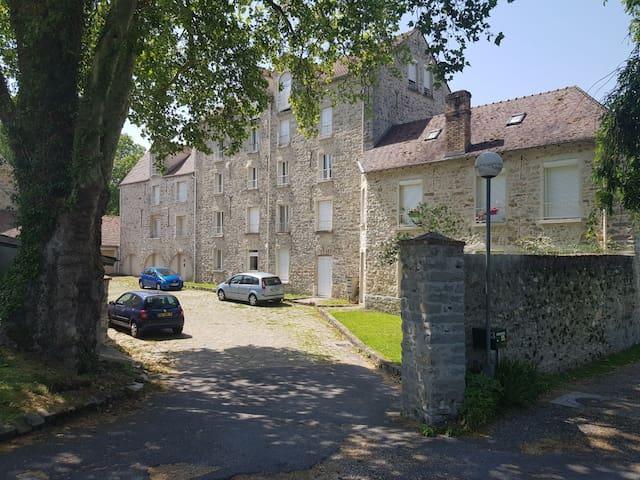 Breux-Jouy的民宿