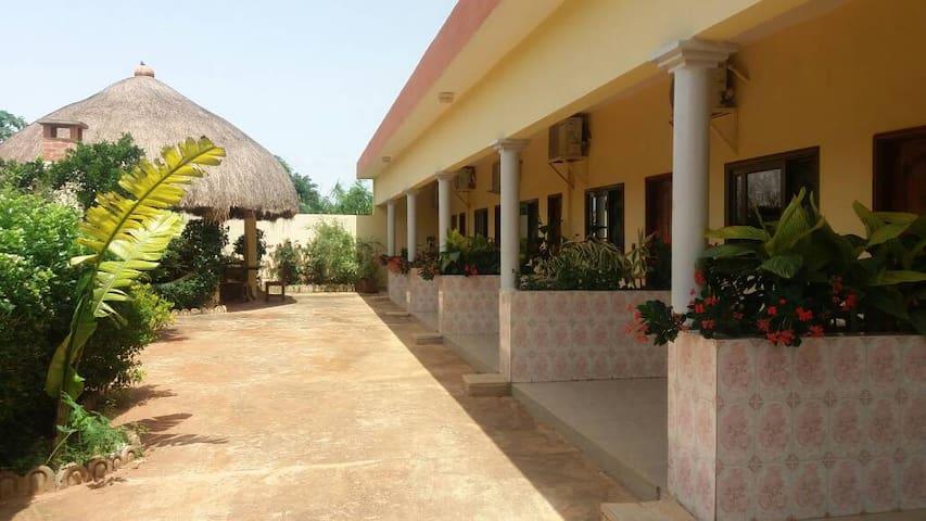 Abomey的民宿