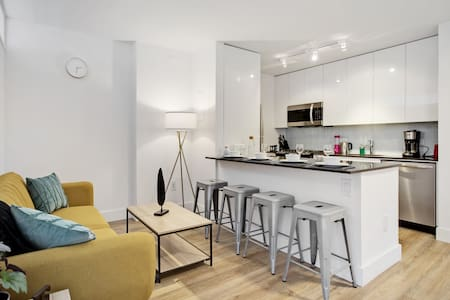 Cozy Apartment in Hudson Yards!