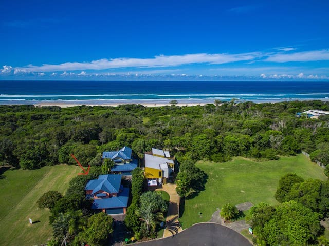 Fern Beach House - Byron Bay Gazing