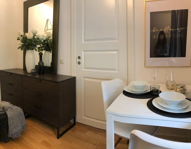 8min to citycenter! Studio with privacy, garden!