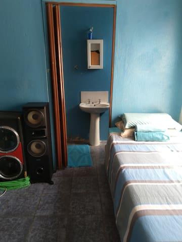 Mabopane的民宿