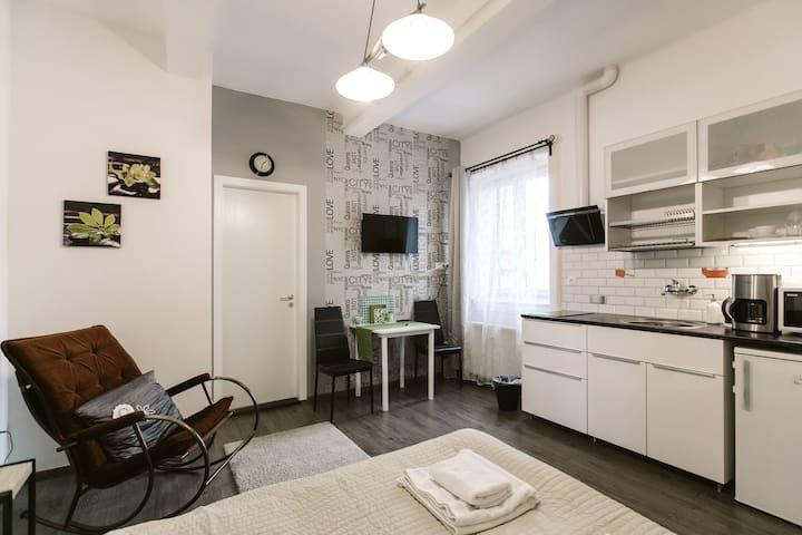 Diamond Astoria 2,apartment near Synagogue