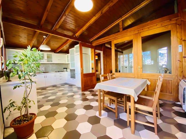 ❤️ LOFT w/Full Kitchen + Terrace @TiranaExperience