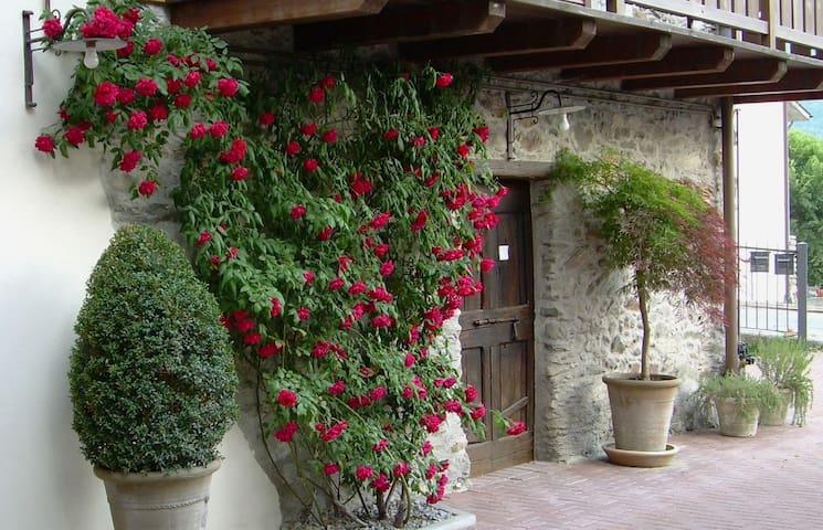 Buglio In Monte - Frazione Villapinta的民宿