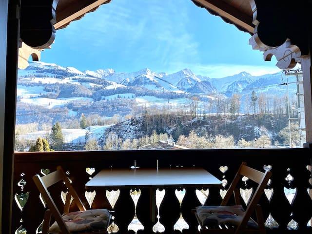 Villars-sous-Mont的民宿