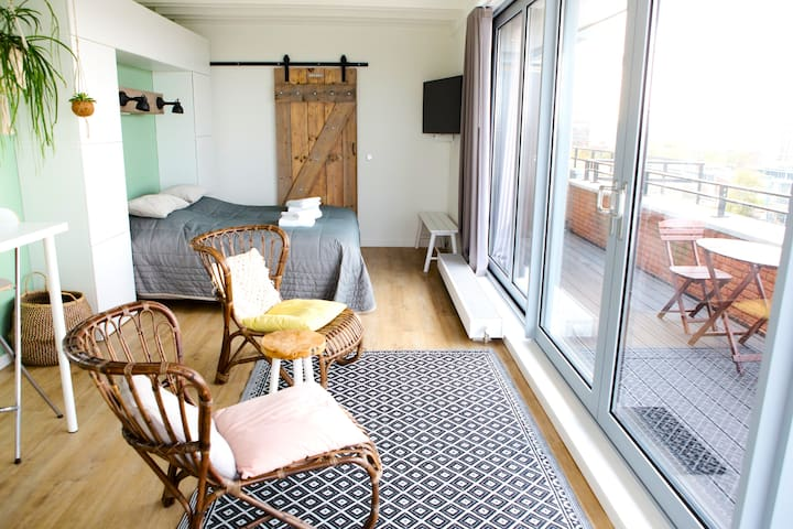 Rooftop studio with Beautiful view on Amsterdam