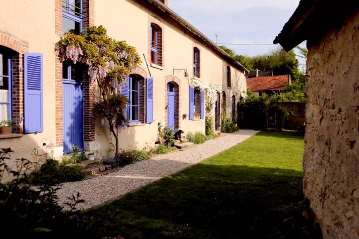 Chalautre-la-Petite的民宿