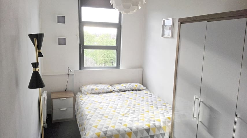 Bright Single bedroom located in Hoxton