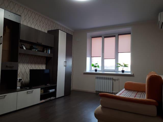 Квартира в центре в новом доме с хорошим ремонтом