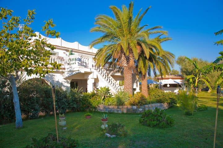 Villa Augusta (Max 20 People)