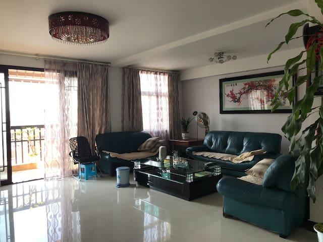 Dehong的民宿