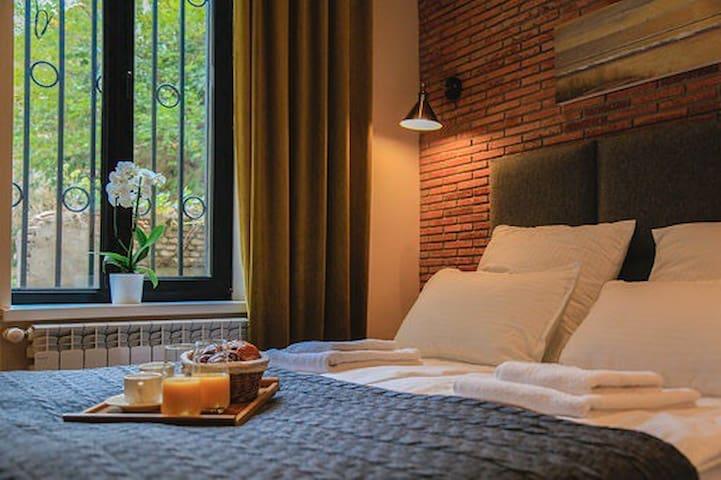 The Best Designer Apartment in Old City