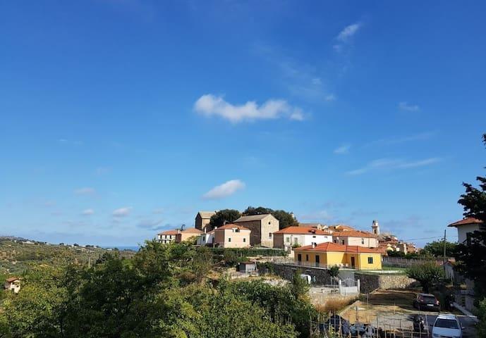 Diano Castello的民宿