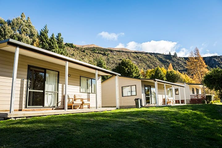 A Kiwiana classic 2-bedroom self-contained cottage