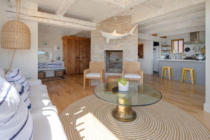 Designers Corinthian Island Coastal Retreat