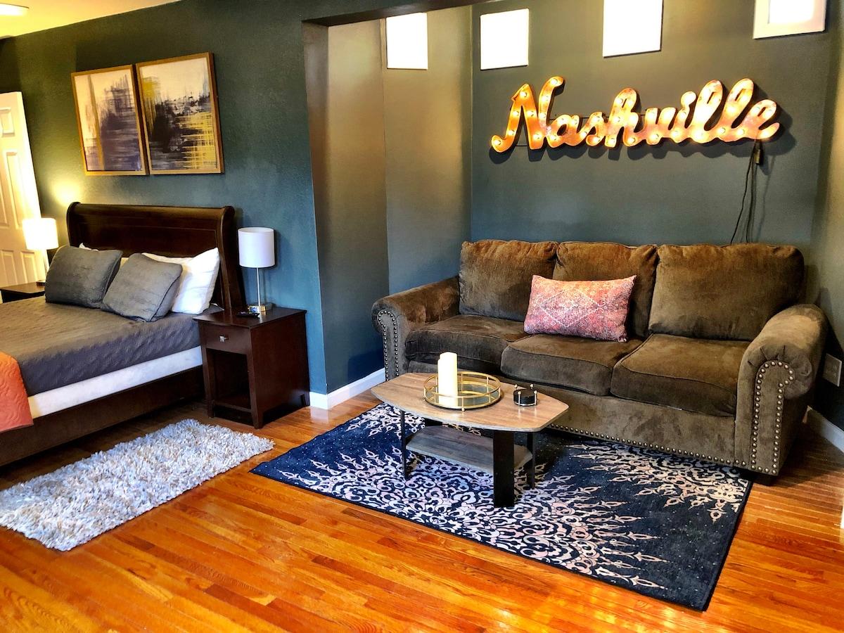 West Nashville studio apartment