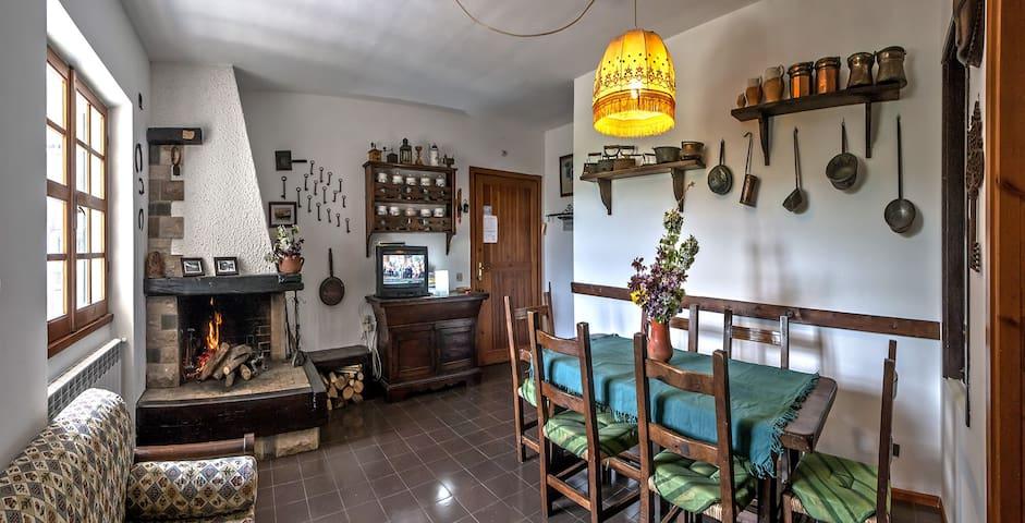 Elisa's house Italy Rivisondoli