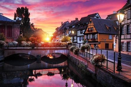 Colmar historical centre (XVIIth) 8 people, 3BR