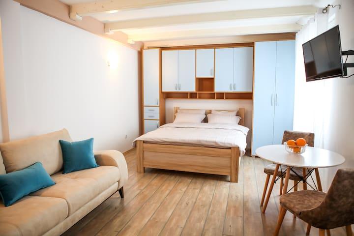 Sara Apartment