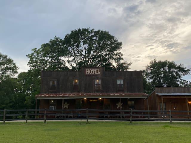 Poplarville的民宿