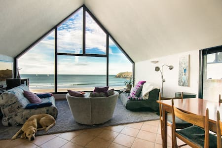 Your home on the beach!