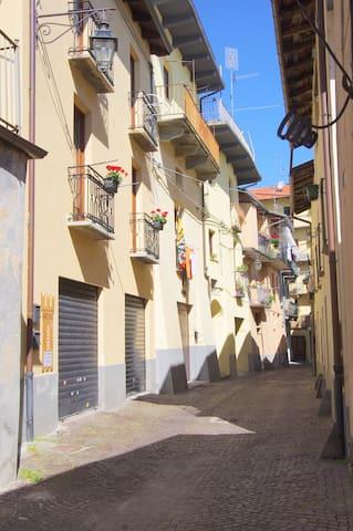 Lanzo Torinese的民宿