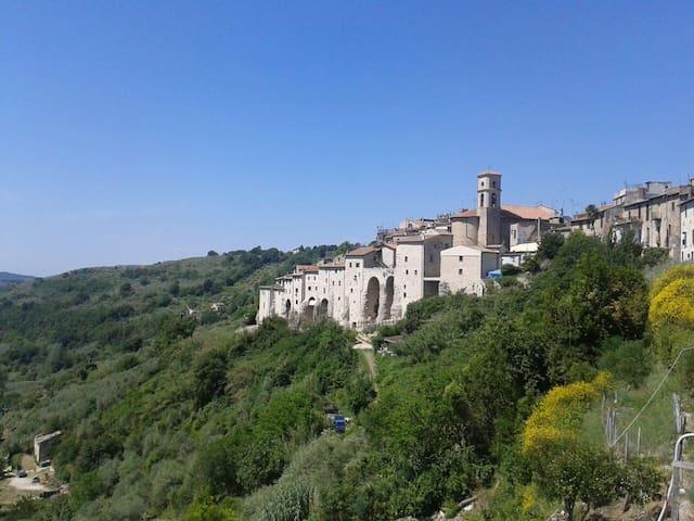 Poggio San Lorenzo的民宿