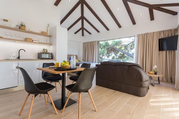 Apartment Glorijet (Balcony & Terrace) with View!