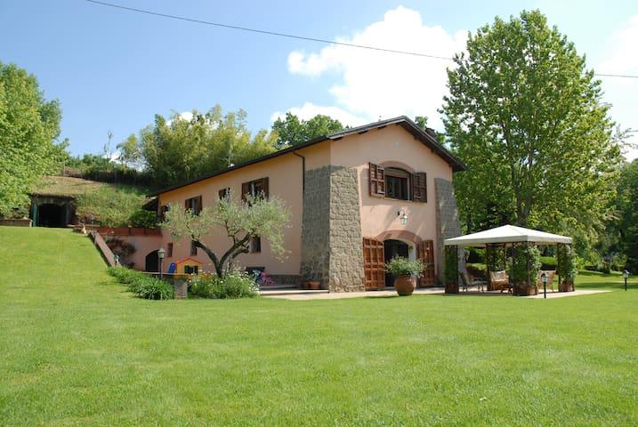 Genazzano的民宿