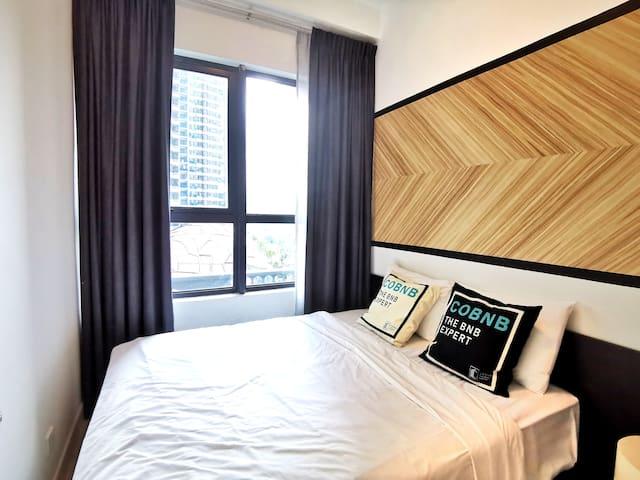 Modern Private Bedroom w/ WIFI near KLCC  NAT206a2