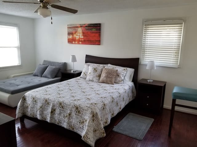 Comfy Master Bed & Bath in single family home