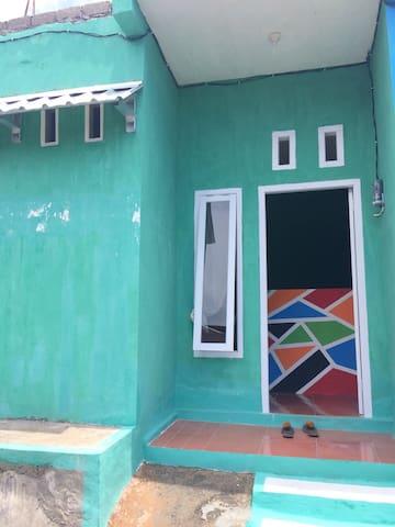 Ternate Selatan的民宿